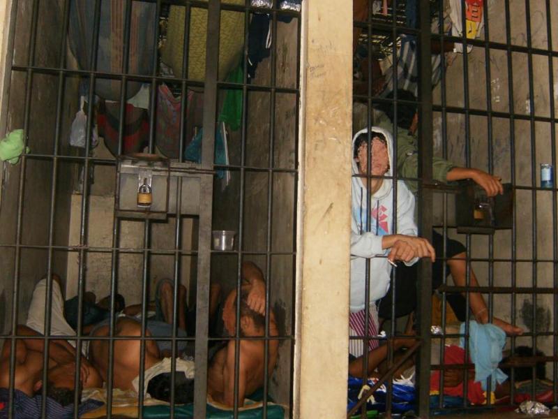 Caos com presos em DPs foi denunciado pelo Sinclapol
